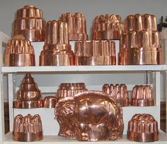 Google Image Result for http://www.adamsantiquesfairs.com/images/!9th-Cent-Jelly-moulds---So.jpg