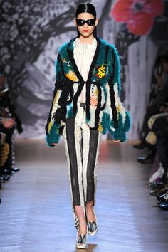Tsumori Chisato Fall 2013 Ready-to-Wear Collection Slideshow on Style.com