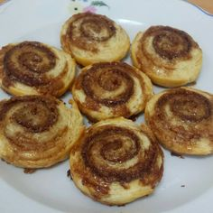 #cinnamonrolls Cinnamon Rolls, Pancakes, Breakfast, Kitchen, Food, Products, Morning Coffee, Cooking, Cinammon Rolls
