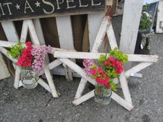 mason jars attached to old wooden stars....  + dzs. of mason jar centerpieces, decorations, xmas crafts & lights ( all using mason jars)