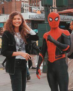 Tom Holland Zendaya, Deadpool, Spiderman, Superhero, Couples, Fictional Characters, Art, Spider Man, Art Background