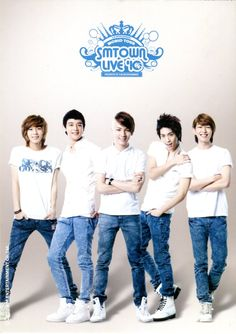 SHINee Lucifer era - key in the middle for once! taemin looks very pretty even in casual outfit <3