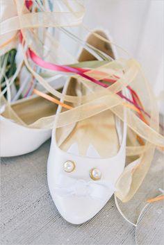 cat inspired wedding shoes @weddingchicks
