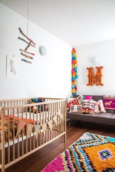 alfombras coloridas para dormitorios infantiles. alfombra boucherouite. moroccan inspiration for kids