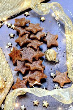 Home - Kifőztük Sweet Cakes, Bbq Chicken, Christmas 2019, Gingerbread Cookies, Gluten, Sweets, Diet, Baking, Recipes