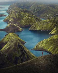 Iceland and its amazing landscapes   Iceland  @simona_br_photography  #travel #blogger #beautifuldestinations #vacation #inspiration #traveltheworld #tourist #ideas #travelideas #bestplace #bestview  #wonderful_places  #worldwonder #iceland #icelandtravel #icelandic #icelandtrip #northeurope #traveltips #tips #beautifullocation #natureaddict Photography Tags, Photography Sites, Landscape Photography, Nature Photography, Travel Photography, Voyage En Camping-car, Station Essence, Espanto, Iceland Photos