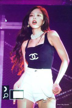 Black Pink Yes Please – BlackPink, the greatest Kpop girl group ever! Kpop Girl Groups, Korean Girl Groups, Kpop Girls, Blackpink Jennie, Stage Outfits, Kpop Outfits, Blackpink Lisa, Forever Young, Black Pink