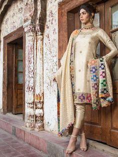 Designer suit Fabric detail Original Banarsi suit Hand work top With heavy chi. Pakistani Fashion Party Wear, Pakistani Formal Dresses, Pakistani Wedding Outfits, Pakistani Couture, Indian Dresses, Indian Outfits, Indian Fashion, Kurti Pakistani, Pakistani Designer Clothes