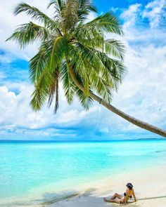 The Maldives Islands #Maldives Photo @travel_reni #wearetravelgirls #breathingtravel #ig_maldives #worldnomads #awesomepix #beautifuldestinations #fantastic_earth #easyvoyage #outbounderlife #ig_worldclub #girlaroundworld #exploringglobe #travelingladies #ig_exquisite #solotraveler #islandlife #paradiseisland #bestvacation #ig_podium #awesomepix #wanderlust #instatravel