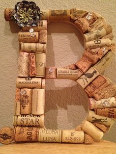Whimsical Wine Cork Monogram Custom Letter There by kindersquare Wine Craft, Wine Cork Crafts, Wine Bottle Crafts, Wine Cork Projects, Craft Projects, Wine Cork Monogram, Home Crafts, Diy Crafts, Cork Art