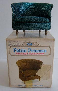 Vintage Petite Princess Fantasy Furniture Dollhouse Salon Drum Blue Chair w Box
