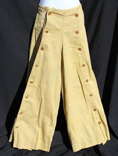 Circa 1910s Split Skirt Culottes! For horseback-riding, ranch work, possible bicycle pants?  Label: Montgomery Ward.