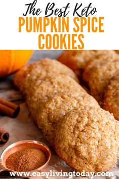 These delicious keto pumpkin spice cookies are the best ones out there! Low carb ketogenic diet snack recipes for the fall. via Not even keto can stop the pumpkin spice madness! These delicious keto pumpkin spice cookies are the best ones out there! Keto Desserts, Keto Friendly Desserts, Keto Snacks, Best Low Carb Snacks, Low Carb Keto, Low Carb Recipes, Snack Recipes, Dessert Recipes, Pumpkin Recipes Low Carb