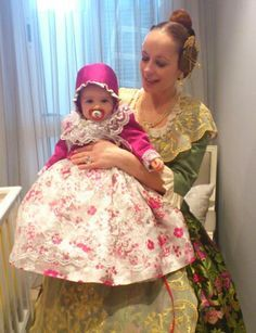 Valencia Spain, Cheryl, Beautiful Outfits, Harajuku, Anthropologie, Culture, Gowns, Costumes, Lace