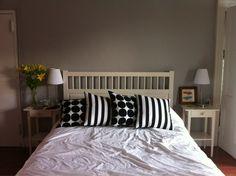 Marimekko Kivet pillows add pop to neutral decor.
