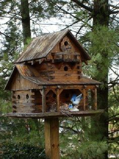 rustic birdhouse - by okwoodshop @ LumberJocks.com ~ woodworking community