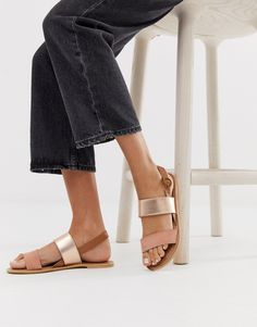 Buy Accessorize Exclusive rose gold leather summer flat sandals at ASOS. With free delivery and return options (Ts&Cs apply), online shopping has never been so easy. Get the latest trends with ASOS now. Asos, Summer Flats, Saved Items, Moda Online, Gold Leather, Flat Sandals, Heeled Mules, Fashion Online, Rose Gold