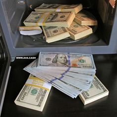 Tap the link in my bio to know how! Money Bill, Cash Money, Cash Cash, Big Money, Titanic Boat, Make Money Online, How To Make Money, Win For Life, Money Stacks