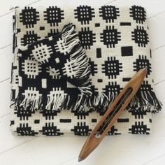 We've partnered with artisan maker Blodwen to bring you one of our favourite textiles - the striking black and white Cegin floor rug. Available for ONE DAY ONLY at a one-off discounted price that we guarantee you won't find anywhere else! Weaving Patterns, Textile Patterns, Weaving Textiles, Art Textile, Textile Design, Welsh Blanket, Impression Textile, Woven Rug, Woven Fabric