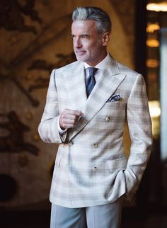 Sharp Dressed Man, Well Dressed, Grey Hair Men, Casual Outfits, Men Casual, Men's Outfits, Sartorialist, Men's Wardrobe, Mens Suits