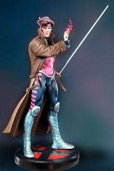 Gambit statue Sculpted by: Kucherek brothers & Randy Bowen Release Date: April 2005 Edition Size: 2000 Order Of Release: Phase II (statue #46)