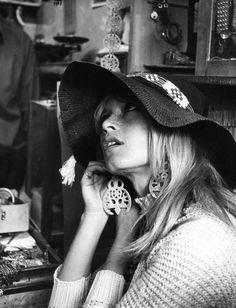 Brigitte Bardot wearing a fantastic pair of Oscar de la Renta earrings.