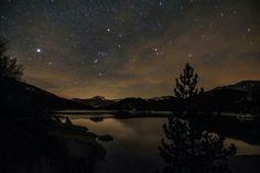 Magnifique Lac de castillon sous les étoiles. ....