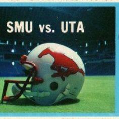 Sports Posters, Sports Logos, Sports Art, Art Posters, Football Art, Vintage Football, College Football, Texas Stadium, Sports Office
