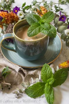 Mint steeped in almond milk and sweetened with maple syrup then topped with strongly brewed coffee. This mint mojito latte is refreshing and perfect for your morning pick me up. Mint Mojito, Pick Me Up, Moscow Mule Mugs, Latte, Almond, Beverages, Cooking, Tableware, Recipes