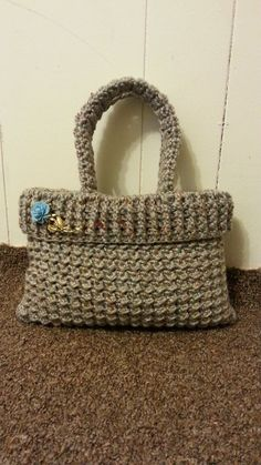 Bags by Trapillo - Designs and Tutorials to make your own bag Crotchet Bags, Knitted Bags, Crochet Handbags, Crochet Purses, Women's Handbags, Crochet Shell Stitch, Bag Patterns To Sew, Tote Pattern, Sewing Patterns