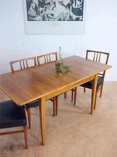 Designer Gordon Russell Mid Century 50's Walnut Extending Dining Table