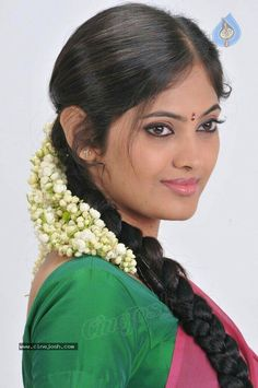Indian Long Hair Braid, Braids For Long Hair, Bride Flowers, Indian Hairstyles, Cute Photos, Indian Beauty, Photo Galleries, Saree, Actresses