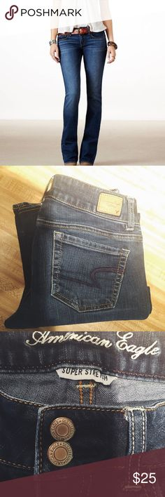 Like New✨ American Eagle Artist Jeans These are in excellent condition! And so on trend. Super Stretch. Size 4 Regular. Dark Wash. American Eagle Outfitters Jeans Flare & Wide Leg