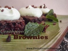 The Do-It-Yourself Mom: DIY {Natural Mint} Grasshopper Brownies