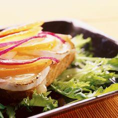 Vuohenjuustotoast | K-ruoka #persimon Sandwiches, Food, Essen, Paninis, Yemek, Meals