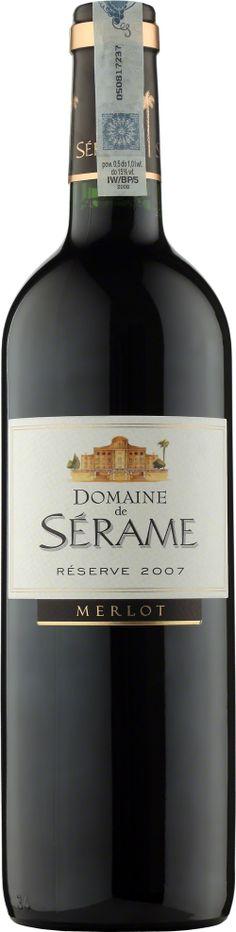 Domaine de Serame Merlot Reserve Vin de Pays d'Oc Wino o intensywnym karmazynowym kolorze i aromacie dojrzałych owoców, zwłaszcza śliwek. Krągłe i mięsiste z silnie zaznaczonymi, ale jedwabistymi taninami. #Winezja #Langwedocja #Merlot #Wino Cabernet Sauvignon, Saint Chinian, Bottle, Flask, Jars