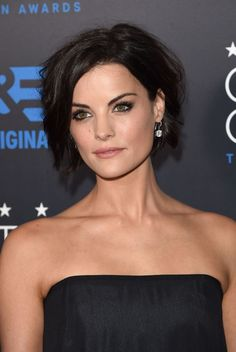 Jaimie Alexander Photos - Actress Jaimie Alexander attends the Annual Critics' Choice Television Awards After Party at the Oasis Terrace at The Beverly Hilton Hotel on May 2015 in Beverly Hills, California. - 2015 Critics' Choice TV Awards: After Party Cute Hairstyles For Short Hair, Hairstyles Haircuts, Short Hair Cuts, Casual Hairstyles, Pixie Haircuts, Layered Haircuts, Braided Hairstyles, Celebrity Hairstyles, Short Wavy