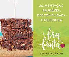 Gente, receita Deusa! Brownie fit de frigideira com creme de avelã . Sim, isso existe e é uma delícia. A textura não fica como a de um brownie tradicional, mas é muito gostoso, além de rápido e fácil de fazer.