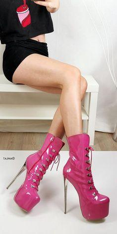 White Black Detail Knee High Boots – Tajna Club Sexy High Heels, Metallic High Heels, White High Heels, Hot Heels, Black Suede, Knee High Platform Boots, Thigh High Boots, High Heel Boots, Heeled Boots