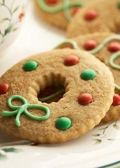 Bell Wreath Gingerbread Cookies