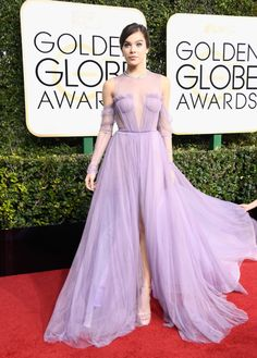 The Fug Girls take a close look at the red carpet. These are the best and worst dressed at the 2017 Golden Globes.