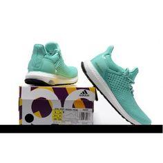 Retrouvez chez OkazNikel la nouvelle style d'Adidas NMD Vert à petit prix. #chaussure #adidas #vente #achat #echange #produits #neuf #occasion #hightech #mode #pascher #sevice #marketing #ecommerce