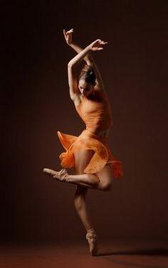 Love this dance pose