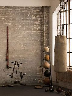 Home Gym Interior Design Punching Bag 44 Ideas For 2019 Garage Gym, Basement Gym, Home Gym Decor, At Home Gym, Fitness Workouts, At Home Workouts, Fitness Motivation, Fitness Gear, Punching Ball