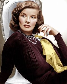 """Before Meryl Streep, the iconic Katharine Hepburn was the most-Oscar nominated actress in history. Considered homely when she first arrived in Hollywood in 1932 – """"she looks like a boa constrictor on. Katharine Hepburn, Audrey Hepburn, Old Hollywood Stars, Old Hollywood Glamour, Vintage Hollywood, Classic Hollywood, Hollywood Jewelry, Old Hollywood Actresses, Hollywood Cinema"""