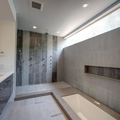 Sunken Bath Home Design Ideas, Renovations & Photos