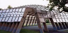 Alvaro Siza's Solar-Powered Serpentine Gallery Pavilion Illuminated by Polycarbonate Panels