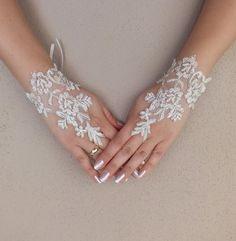 Gelin Manşetleri - Düğün Eldiven, fildişi dantel eldiven, Parmaksız Eldiven - DaWanda üzerinde gelinlik-2 ile benzersiz bir ürün
