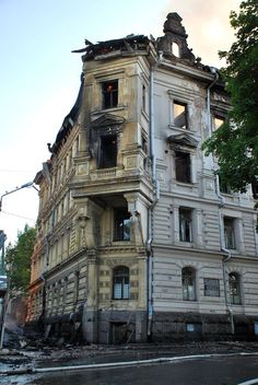 Aftermath of the fire at Alice Hackman house (corner of what was #Vesiportinkatu), #Vyborg