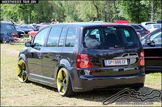 Volkswagen Touran, Cars And Motorcycles, Vans, Vehicles, Photo Illustration, Van, Cars, Vehicle